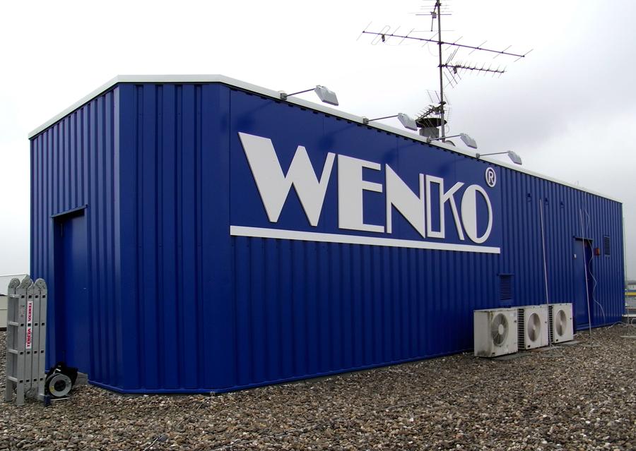 Wenko - dekupierte Buchstaben